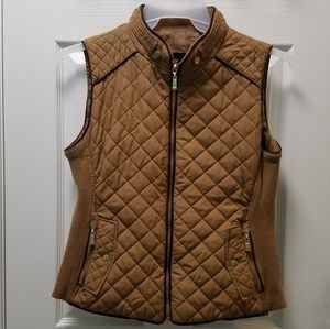 Active USA Quilted Vest with Gold Accents Camel